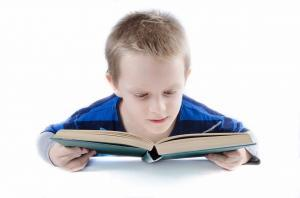 gifted kid studying for wechsler intelligence scale for children test
